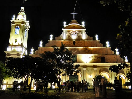 Iglesia Stma. Trinidad - Church at the night (Light)